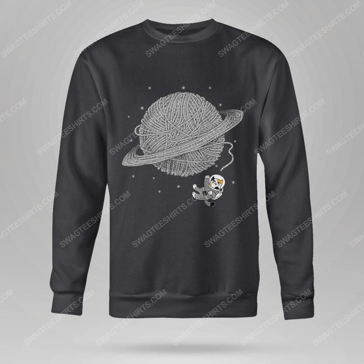 Astronaut and cat lover sweatshirt(1)