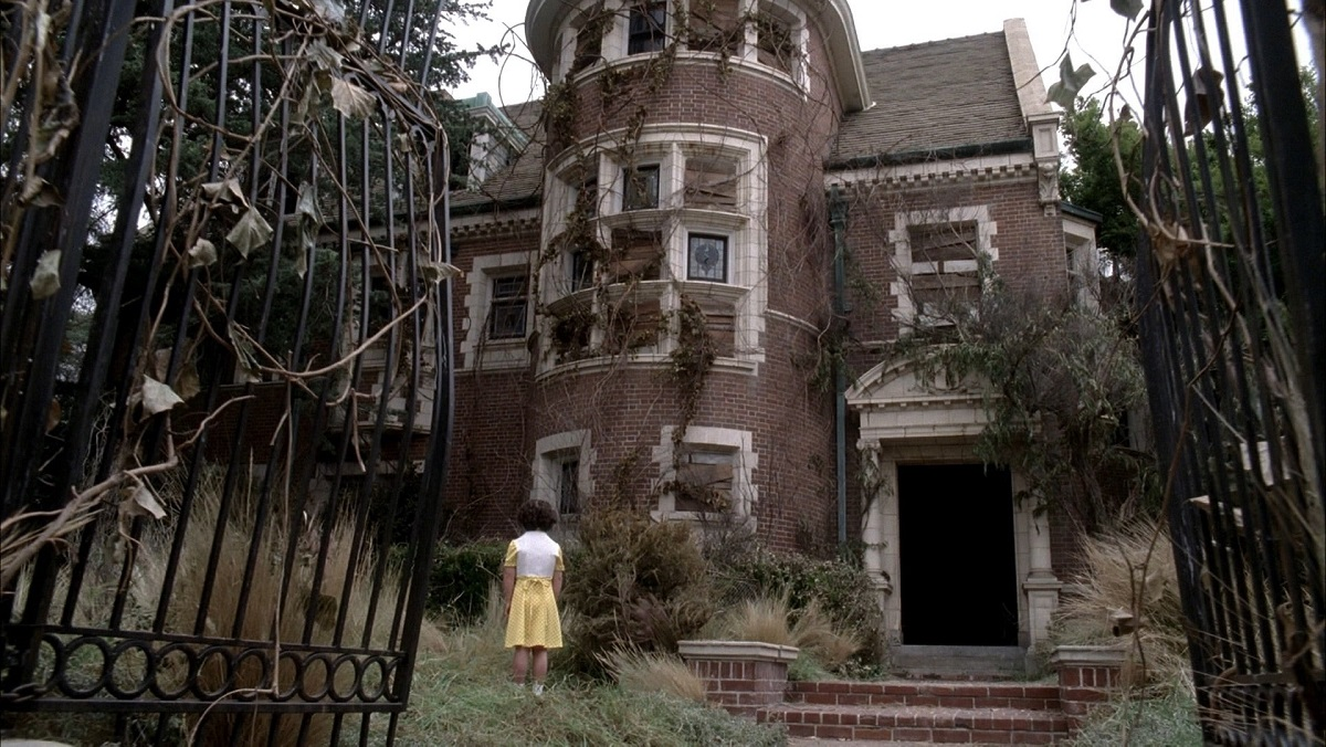 At the Murder House, 'American Horror Stories' celebrates Halloween