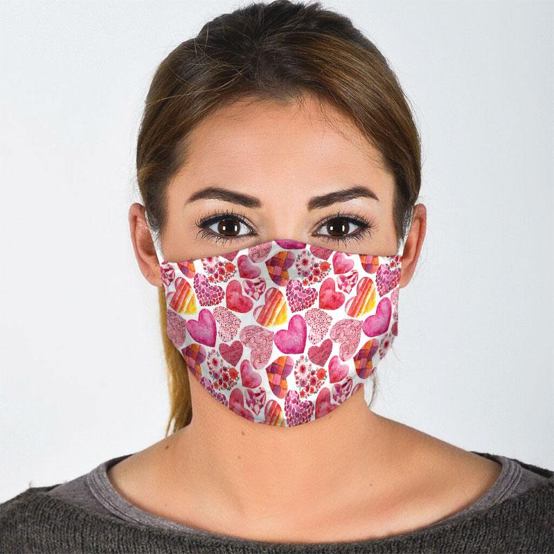 heart pattern all over print face mask 3