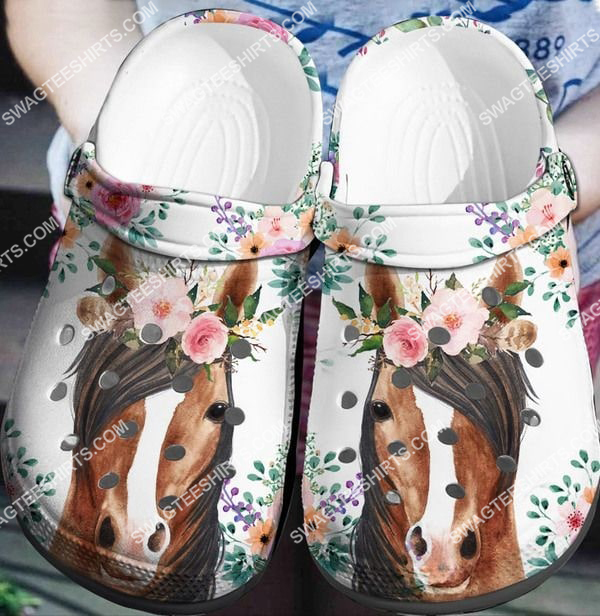 horse and flower all over printed crocs 2