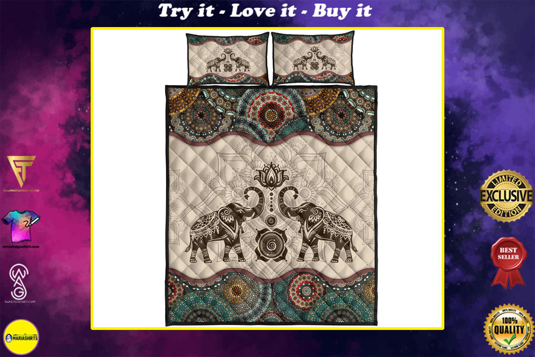 vintage couple elephants full over print quilt