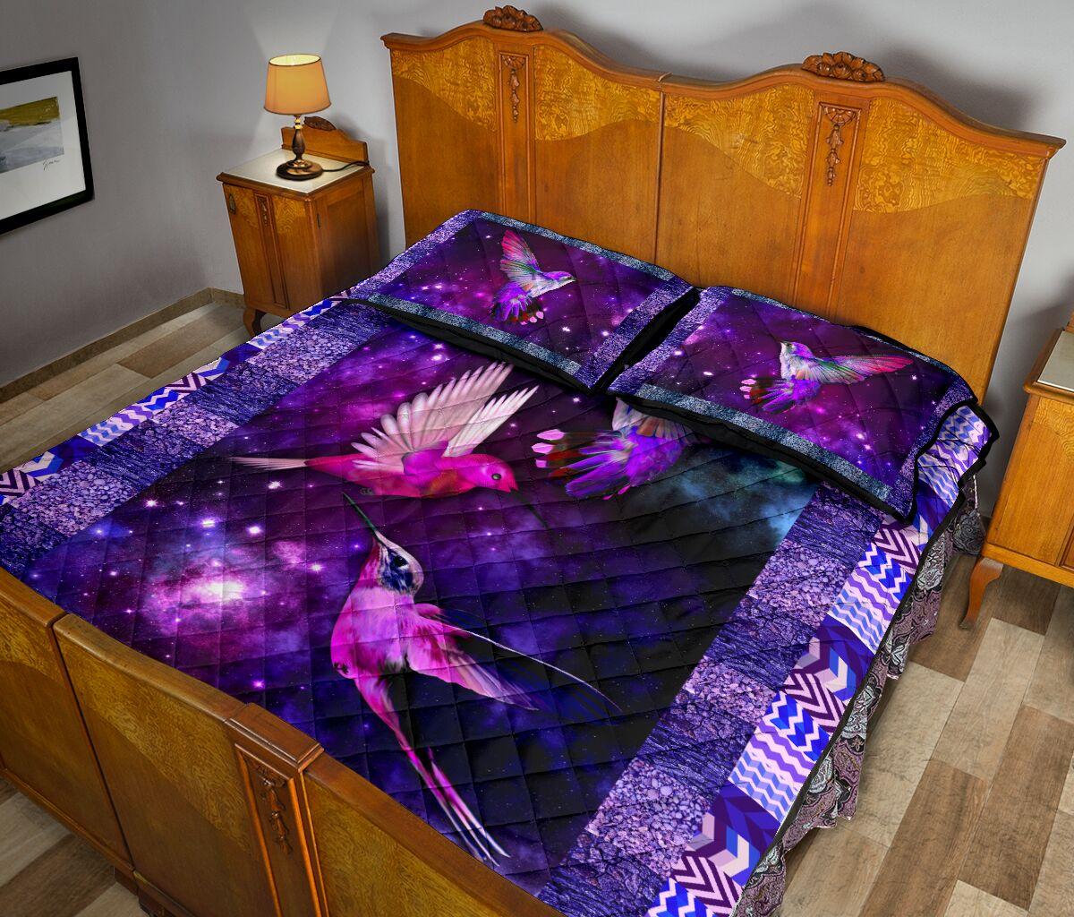 vintage hummingbird galaxy full over print quilt 5