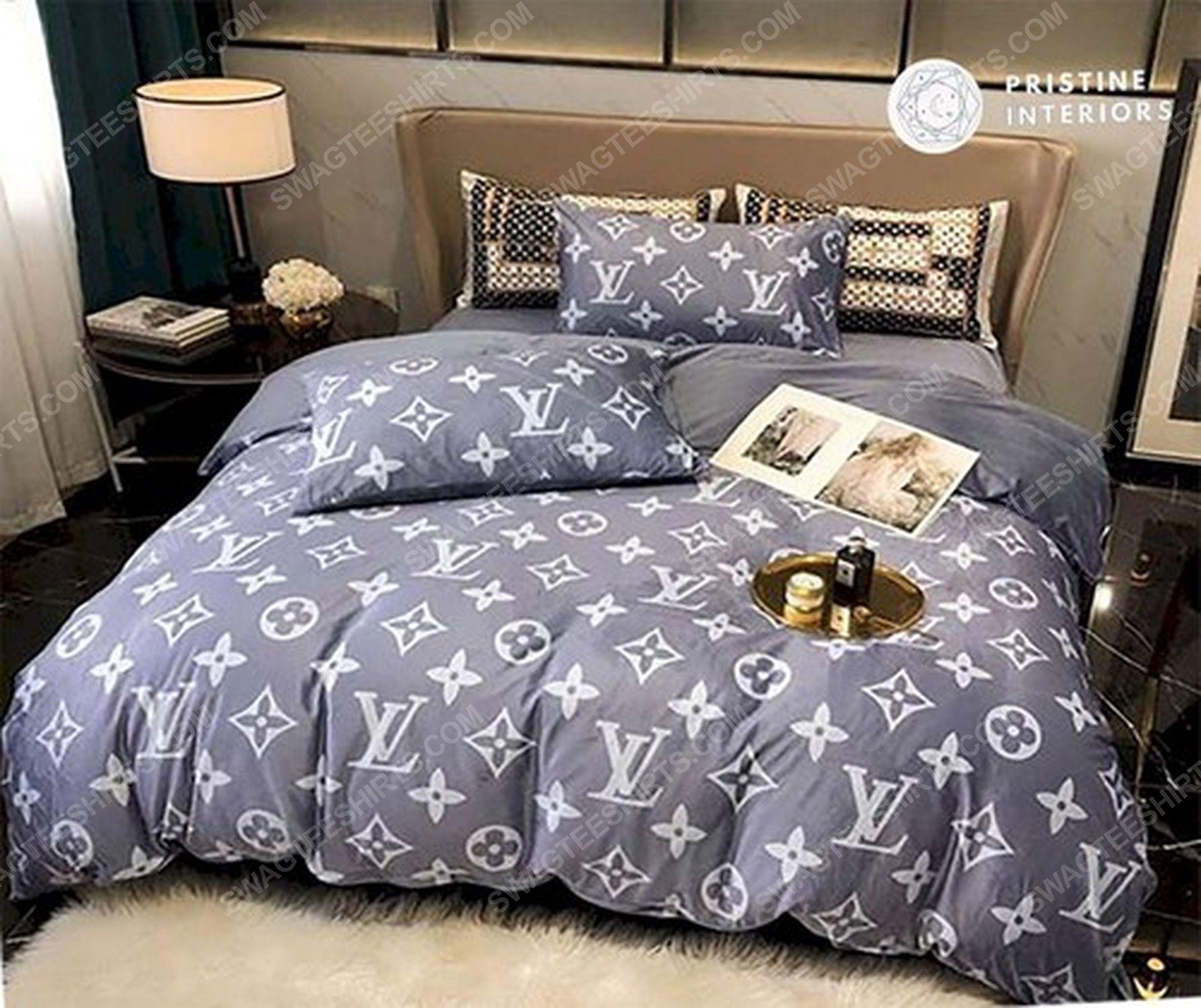 Lv monogram full print duvet cover bedding set 3